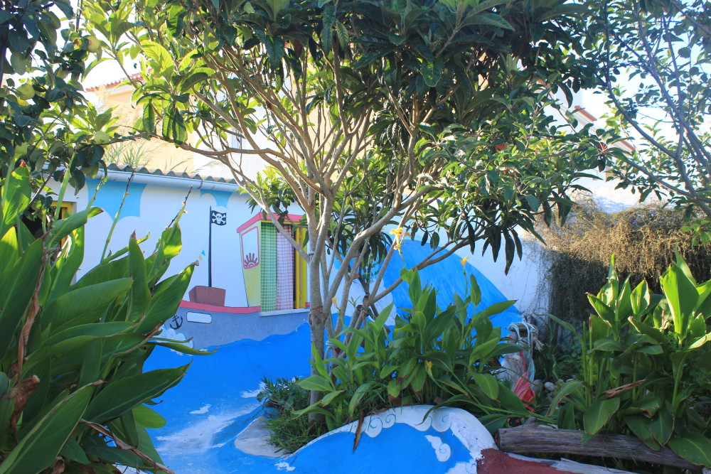 Garten mit Skate Pool